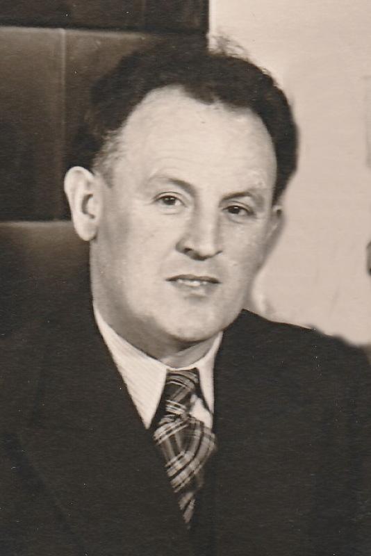 Saddler and upholsterer Willy Petzold